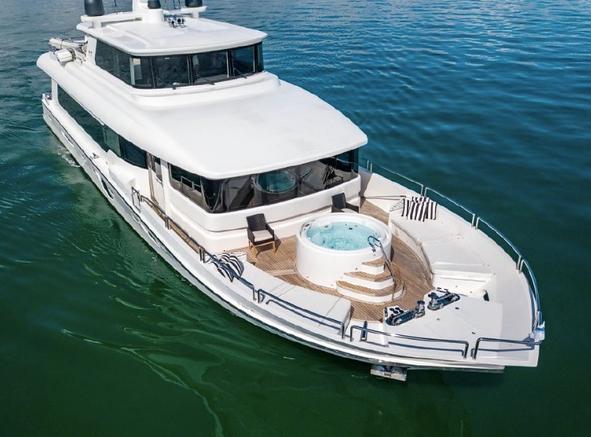 105' Tarrab yacht rentals